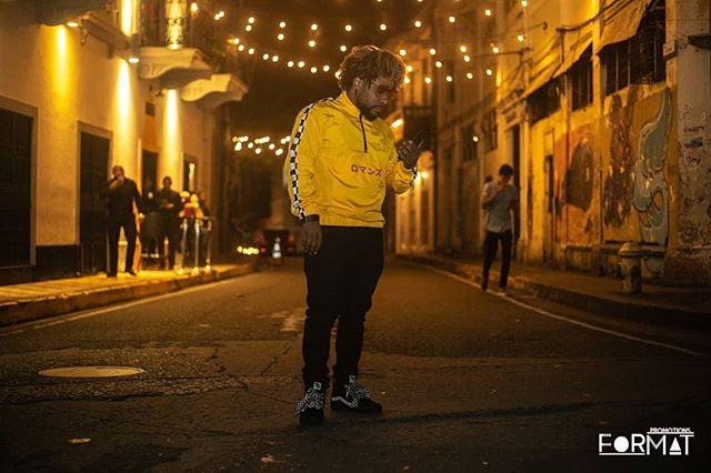Photo of Robinho estrenó «Amores tóxicos» remix junto a El Barbel y Original Fat