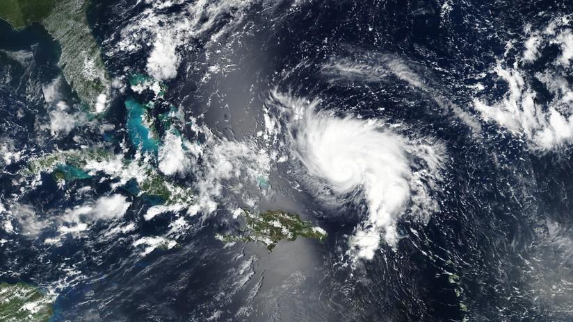 Photo of El huracán Dorian se está fortaleciendo sube a categoría 2, alcanzando vientos de 165 kilómetros por hora