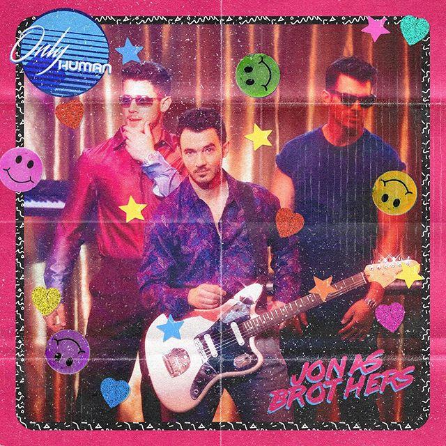 Photo of Los Jonas Brothers estrenan su nuevo vídeo «Only Human»