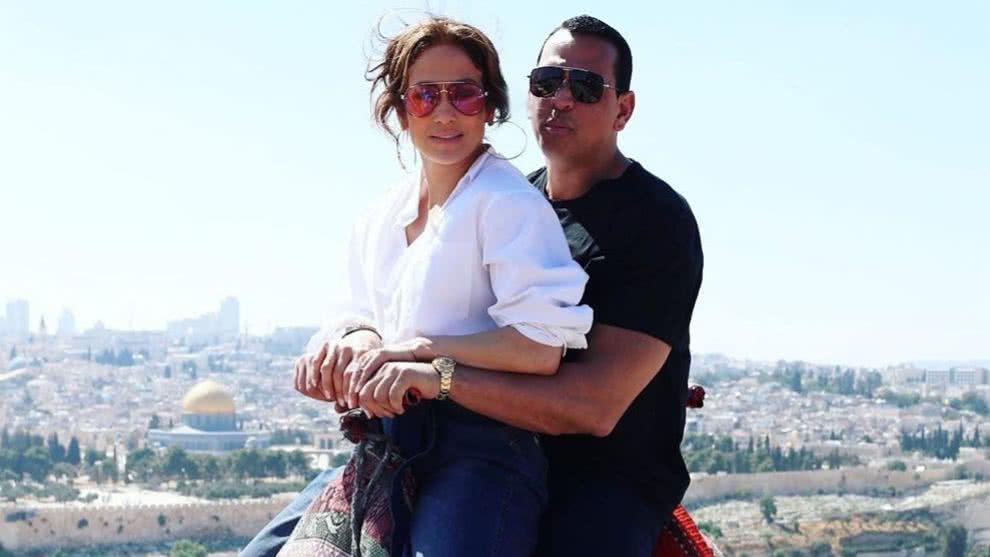 Photo of JLO y Alex Rodríguez de vacaciones en Israel