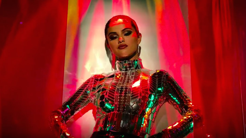 Photo of Selena Gomez estrena 'Look At Her Now'