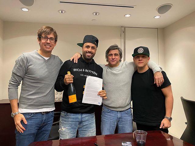 Photo of Nicky Jam renovó su contrato con la discográfica Sony Music Latin