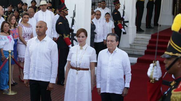 Photo of Mariano Rivera es abanderado este 4 de noviembre