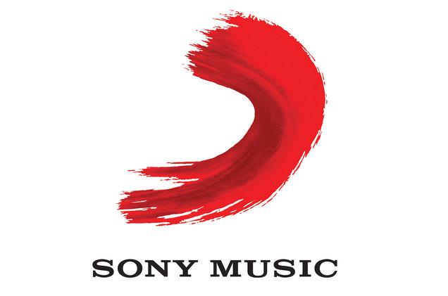 Photo of Sony Music refuerza el departamento de Podcasts con cuatro contratos ejecutivos