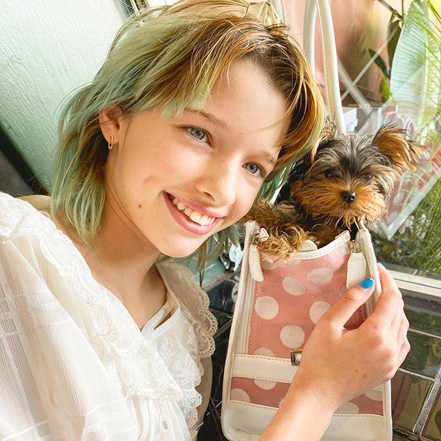 Photo of La hija de Milla Jovovich,  protagonizara la versión real que Disney prepara de su clásico 'Peter Pan'