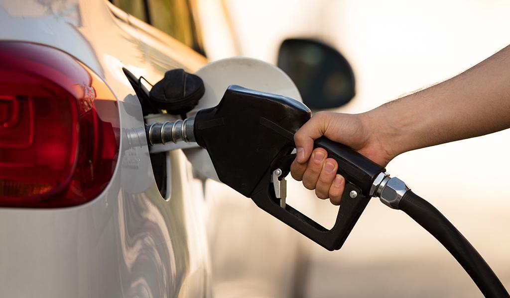 Photo of Precios de Combustible en Panamá bajan a partir de este 13 de marzo