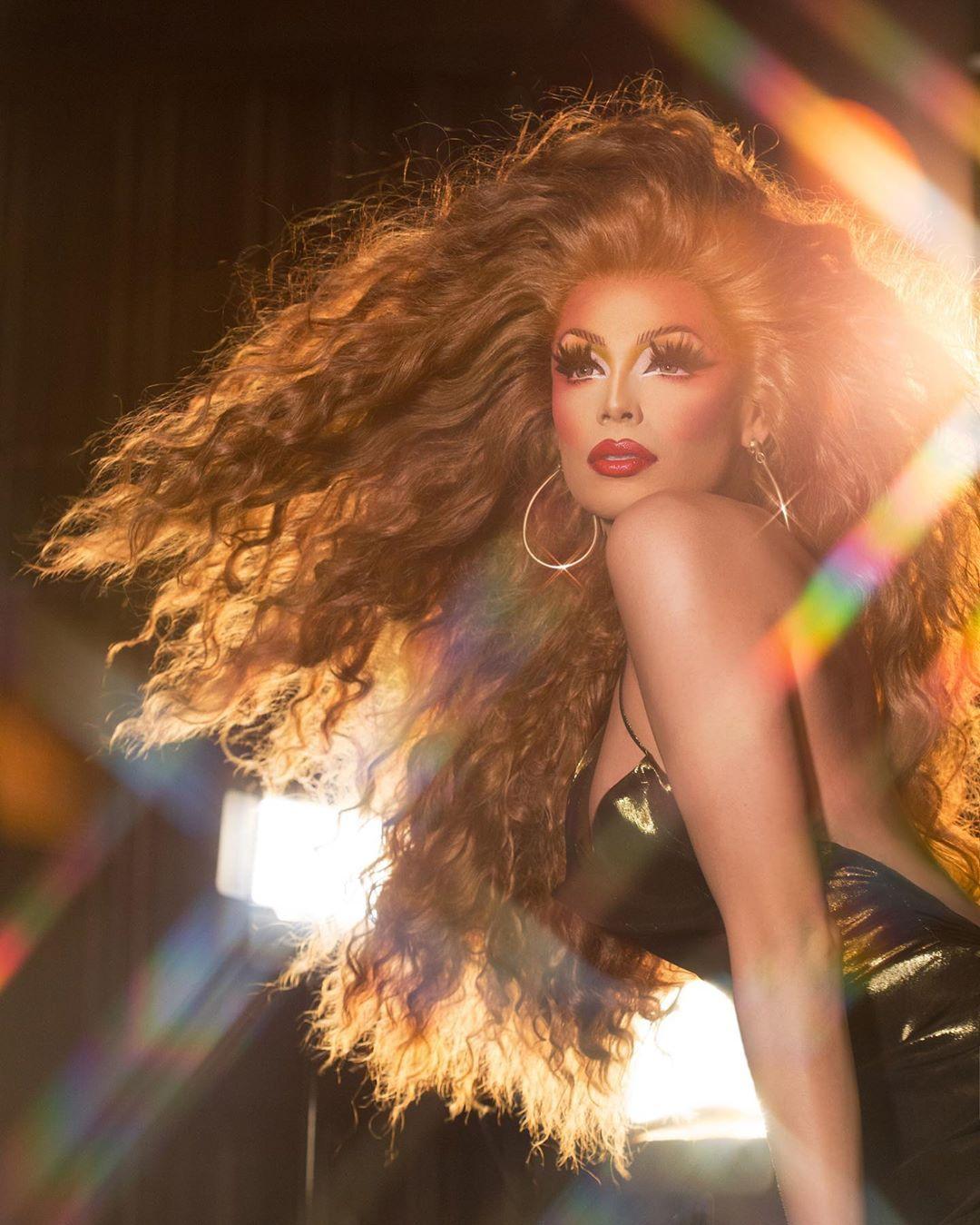 Photo of La cantante Valentina estrena «All Eyes On Me»