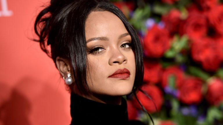 Photo of Rihanna, Jay-Z y Jack Dorsey donan 6,2 millones por el coronavirus